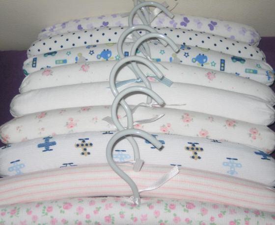 perchas-forradas-para-bebes-regalo-nacimiento-6-unidades_MLA-F-3723759633_012013